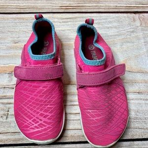 Fatiny pink water shoe size 29 / 12.5 US